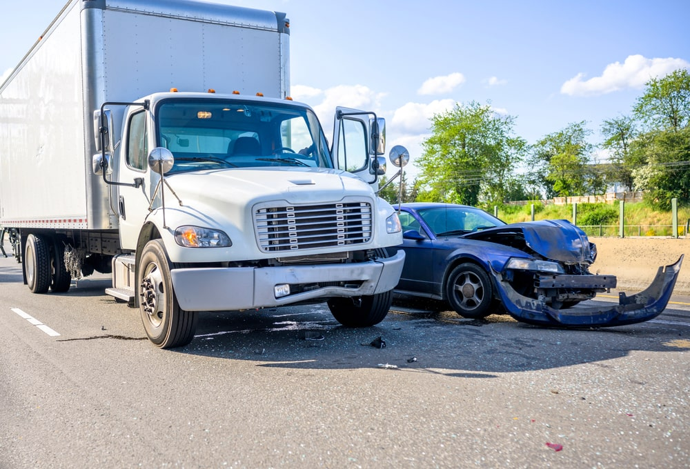 semi-truck accidents: what to do incase one hits your car